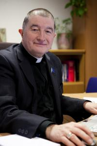 Revd Canon Ken Peters RNR, Dip.Th, MBA, MA, FNI